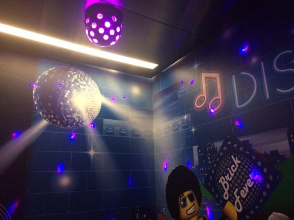 LEGOLAND Hotel Disco Elevator