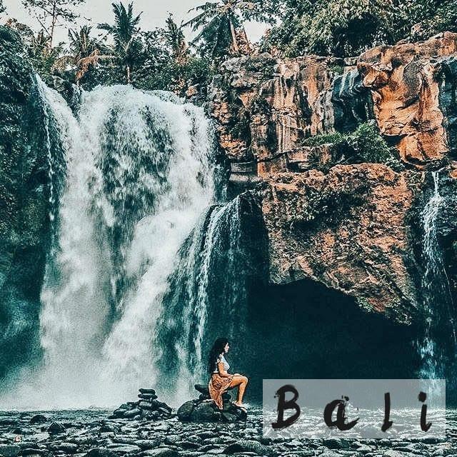 Tegenungan-waterfall-Bali