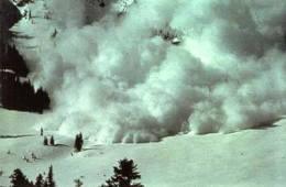 02_loose_snow_avalanche