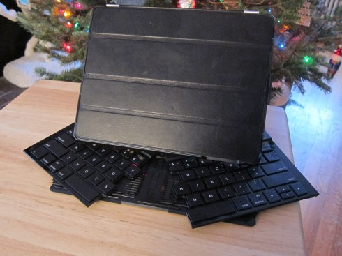 Logitech Fold-Up Keyboard Case with iPad 2 and Smart Cover