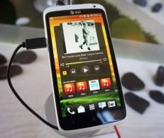 HTC One X - HTC Sense 4.0 Music Widget