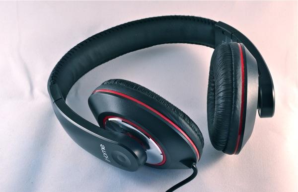 iHome iB40 Headphones