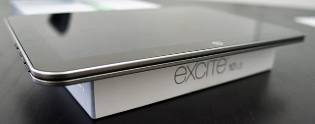 Excite 10 LE Unboxing Edge