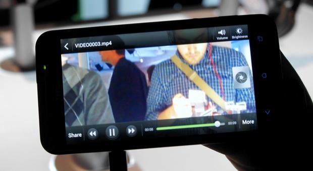 HTC EVO 4G LTE Camera