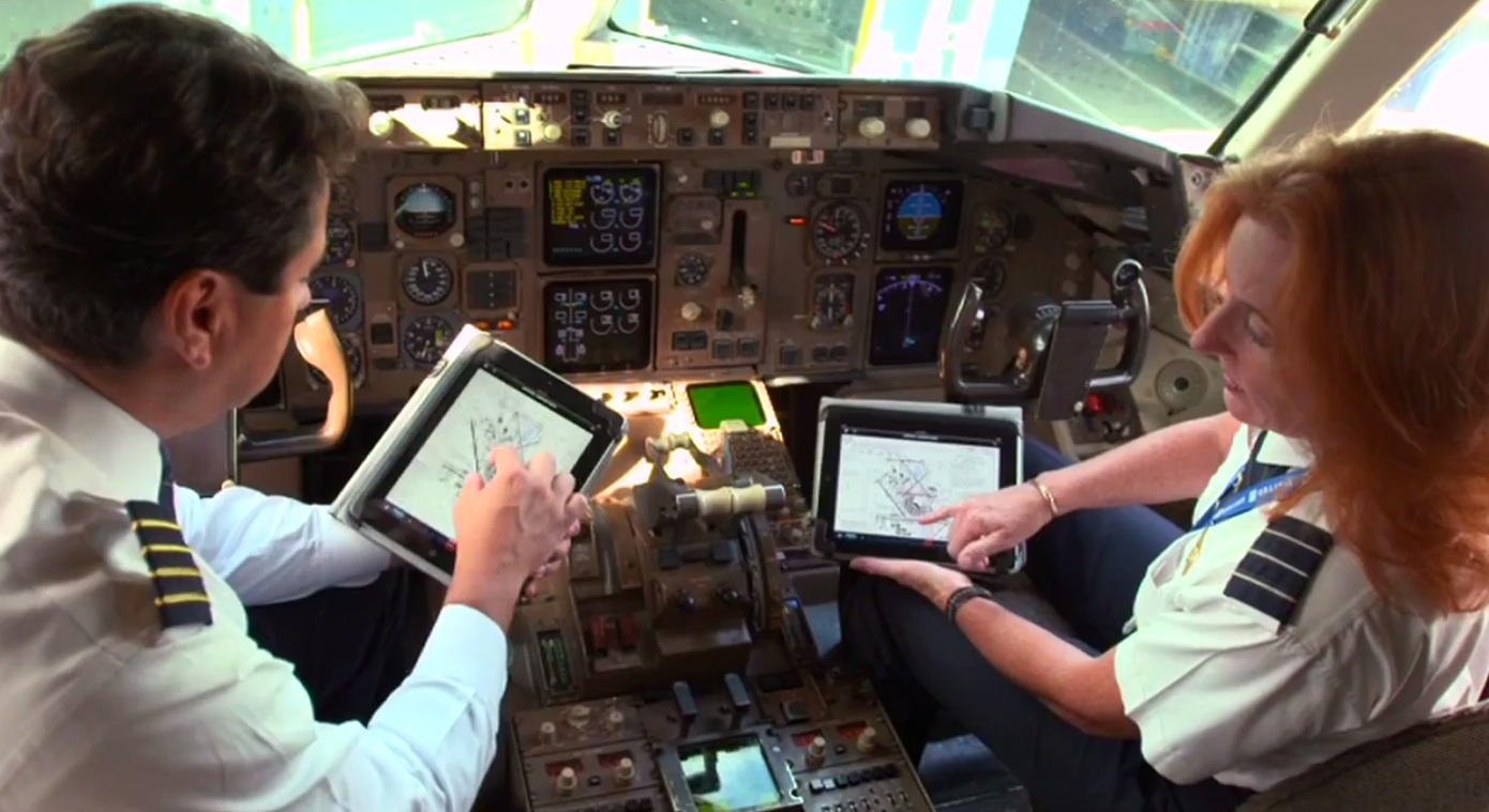 United Shows How Pilots Use The Ipad In The Air Video