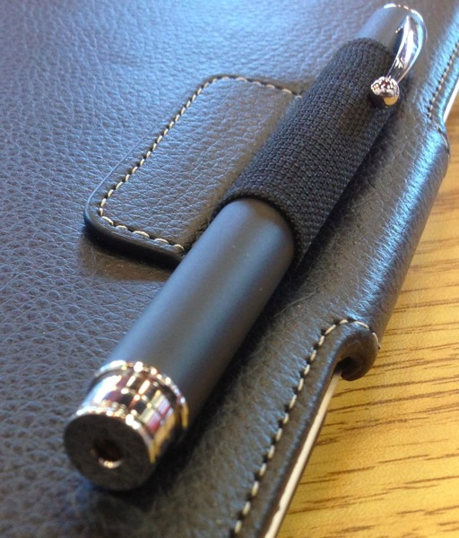 My targus 3 in 1 in the loop of my vuscape ipad case