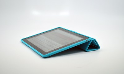 PixelSkin HD Wrap Review - Typing