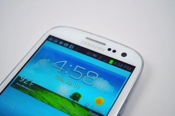 Verizon Galaxy S III Display