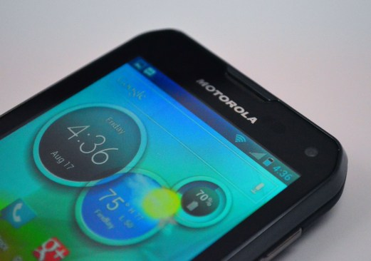 Motorola Photon Q 4G LTE Review - top of phone