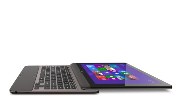 The Toshiba Satellite U925t switches from tablet to Ultrabook.