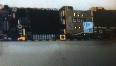 iphone_2012_logic_board_no_shield_front