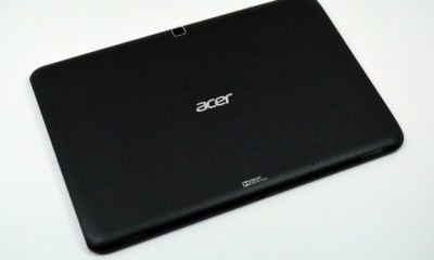 Acer-iconia-A700-Review-back-575x427