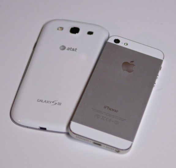 Galaxy S III vs. iPhone 5 back