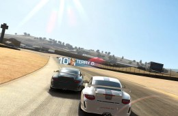 Real Racing 3 on iPhone 5