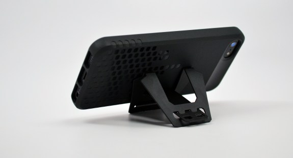 Incipio Frequency iPhone 5 Case Review - 6