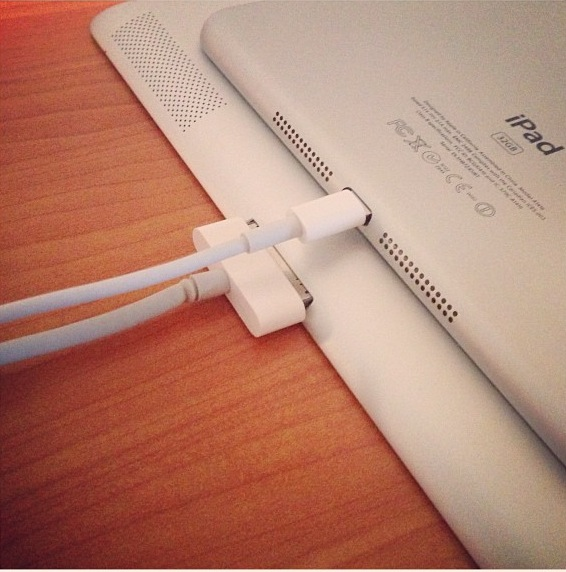 ipadmini-lightning2