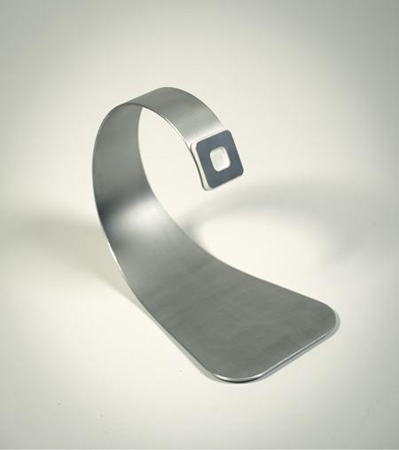 boomerang table stand 2