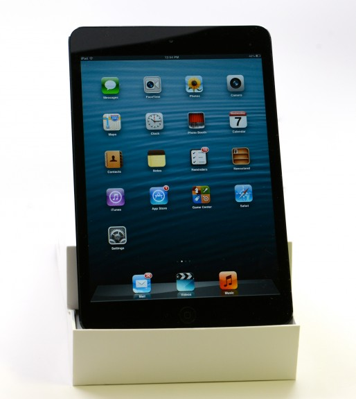 ipad-mini-stand-dock-apple 2