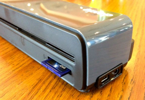 doxie one power ports and sd card slot