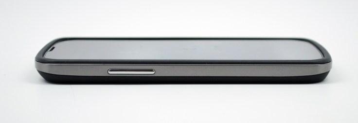 Nexus 4 Bumper Review - 04