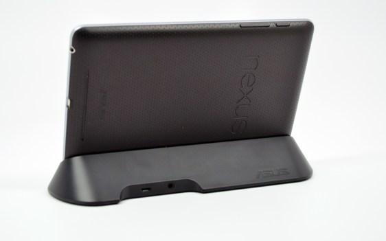 Nexus 7 Dock Review - 10