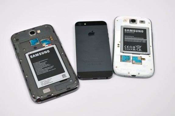 Samsung Galaxy Note 2 vs Galaxy S3 vs iPhone 5 - 5