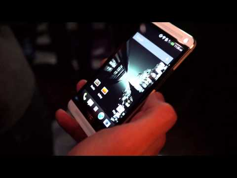 Video thumbnail for youtube video HTC One Hands On