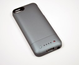 iPhone 5 Mophie Juice Pack Helium Review - 01