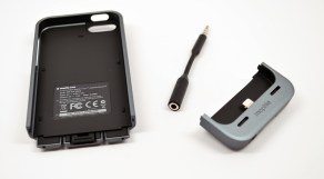 iPhone 5 Mophie Juice Pack Helium Review - 02