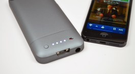 iPhone 5 Mophie Juice Pack Helium Review - 04