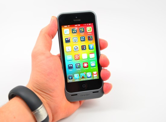 iPhone 5 Mophie Juice Pack Helium Review - 06