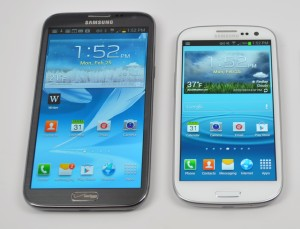 Lookout Mobile offers a fast fix fo the Samsung Galaxy S3 lock screen bypass and Galaxy Note 2 vulnerability.