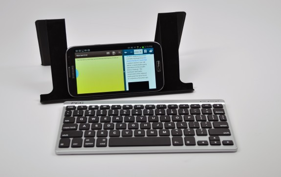 Pair a Bluetooth keyboard with the Samsung Galaxy S4 for mobile productivity.