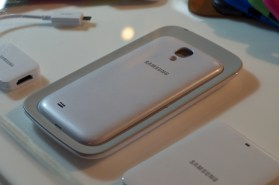 Samsung Galaxy S4 Wireless Charger - 2