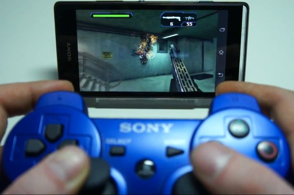 DualShock_3_with_Xperia_phone