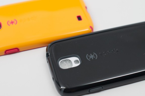 Speck includes openings for the Galaxy S4 IR sensor and microphones and accents larger openings with a brighter color.