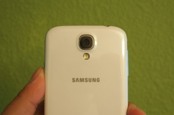Verizon is now taking orders for the Samsung Galaxy S4.