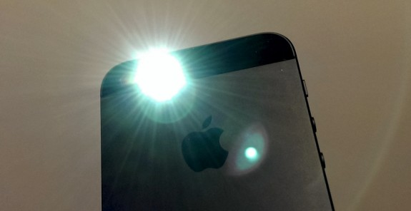 Use the iPhone 5 flash as an LED alert for calls and texts.