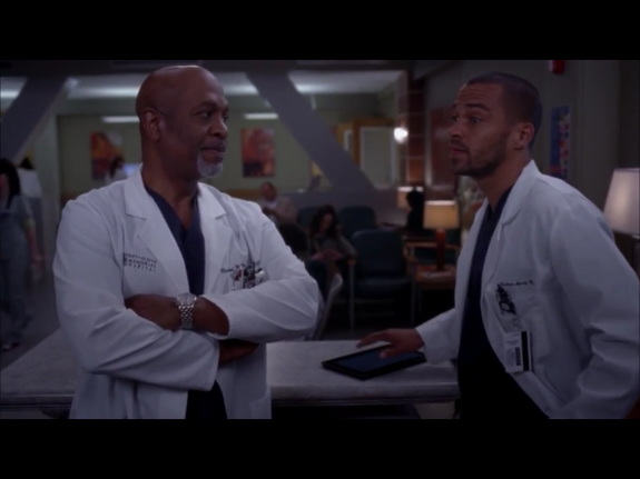Another Grey's Anatomy doctor tapping at the Surface RT