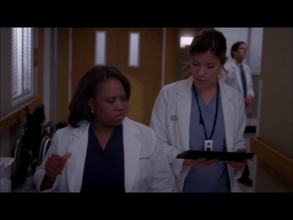 """Is that a Surface RT I spy on ABC's Grey Anatomy, episode: """"She's Killing Me""""?"""