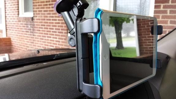 bracketron Universal Tablet Windshield Mount clasps