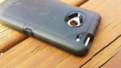 HTC One Case - OtterBox Defender Series Review 5