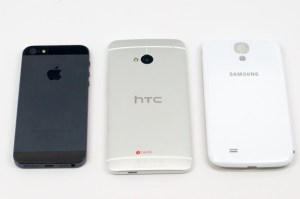 The Galaxy S4 and HTC One remain unreleased on Verizon.