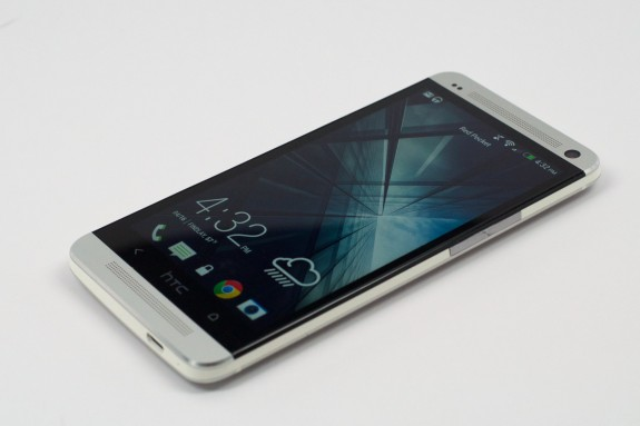 The HTC One Android 4.2.2 update is finally available in select regions.