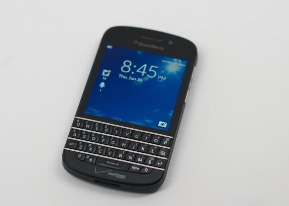 BlackBerry Q10 Review -  001