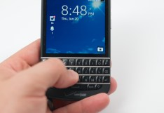 BlackBerry Q10 Review - 013