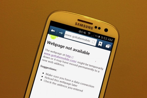 The Samsung Galaxy S3 uses 3.5 times as much data on certain websites according to a new report.