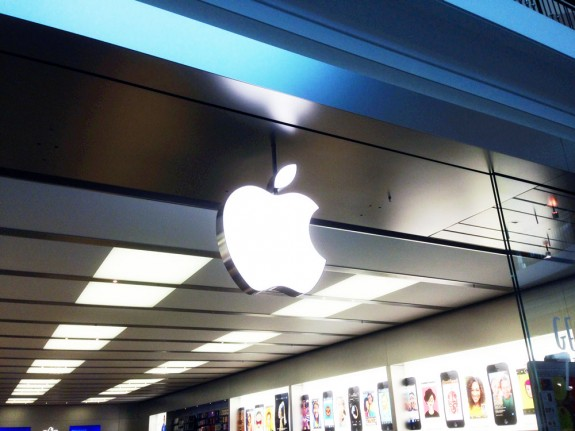 Apple may start an iPhone trade-in program in time for the iPhone 5S.