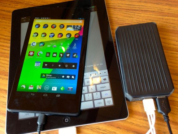 newtrent powerpak charging iPad and nexus 7