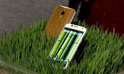 Motorola will soon offer a wood Moto X customization option.
